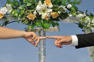 Две влюбени двойки в Ловеч са се записали за ритуал по сключване на граждански брак на датата 10.10.2020