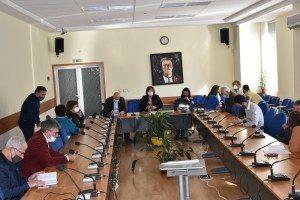 """Заболеваемостта от COVID 19 в Ловеч е на границата до """"червено"""". Общинският щаб с нови предложения за мерки"""