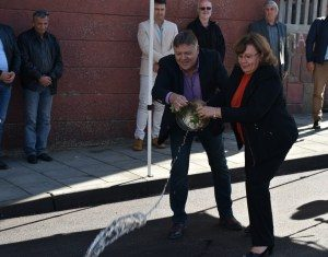 """На дискретна церемония кметът Корнелия Маринова е отбелязала финализирането на ремонти на улици в квартал """"Дикисана"""""""