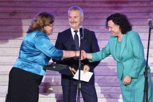 Най-награждаваният кмет сред отличените на Годишните награди на Националното сдружение на общините /НСОРБ/ стана кметът на Община Ловеч Корнелия Маринова – тя получи три отличия