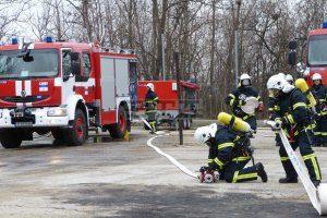 Пожарникарите в област Ловеч са реагирали на 7 сигнала за запалени сажди в непочистени комини