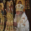 """С архиерейска света литургия в храм """"Св. Троица"""" ще започне новата 2020 г."""