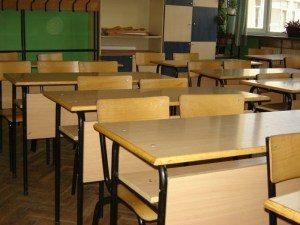 Учениците с молба до образователния министъра за отмяна на изпитите за 10 клас