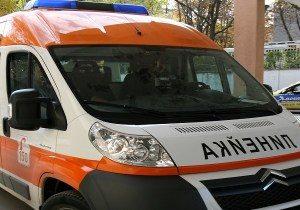 """Автомобил и мотоциклет се удариха на """"Имеретински"""""""