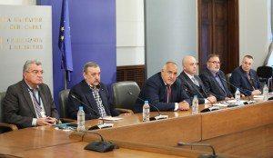 Бойко Борисов: Благодаря на всички българи за усилията в борбата срещу коронавирус