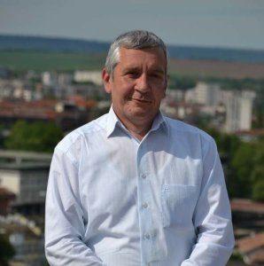 """За читателите на """"Ловеч днес"""" и политическите формации по време на предизборната кампания"""