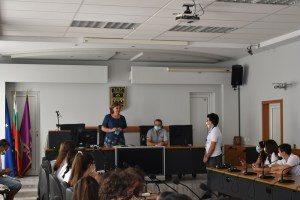 Младежи от 5 държави гостуваха на кмета Мариново по проект за медийна грамотност за младежи