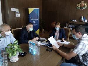 """Областните управители на Ловеч и Плевен и директорите на ВиК в двете области обсъждаха магистрален водопровод """"Черни Осъм"""""""