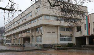 Окръжен съд – Ловеч постанови, че обвиняема за неспазване на противоепидемичните мерки не е нарушила закона