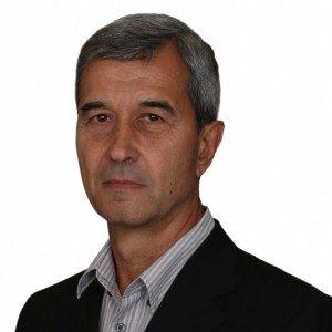 Съветникът Мариян Василев от ВМРО с предложение да отпаднат облекченията за училищата да плащат само 25% от ТБО